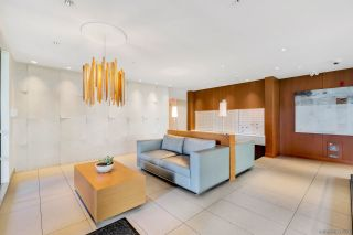 """Photo 4: PH7 5981 GRAY Avenue in Vancouver: University VW Condo for sale in """"SAIL"""" (Vancouver West)  : MLS®# R2532965"""