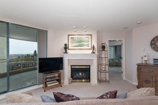 """Photo 5: 806 4425 HALIFAX Street in Burnaby: Brentwood Park Condo for sale in """"POLARIS"""" (Burnaby North)  : MLS®# R2037489"""