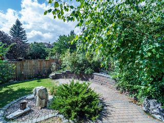 Photo 5: 256 Sirocco Place SW in Calgary: Signal Hill Detached for sale : MLS®# A1143867