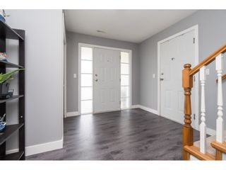"""Photo 3: 32954 PHELPS Avenue in Mission: Mission BC House for sale in """"Cedar Valley Estates"""" : MLS®# R2468941"""