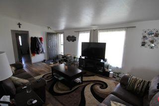Photo 4: 5102 45 Avenue: St. Paul Town House for sale : MLS®# E4264619