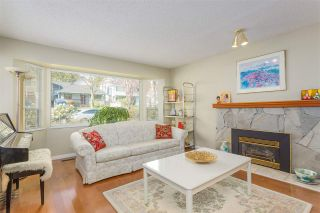 Photo 2: 3445 MANNING Place in North Vancouver: Roche Point House for sale : MLS®# R2161710