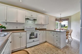 """Photo 12: 98 758 RIVERSIDE Drive in Port Coquitlam: Riverwood Townhouse for sale in """"RIVERLANE ESTATES"""" : MLS®# R2585825"""