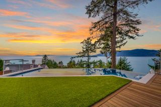 Photo 1: 5385 KEW CLIFF Road in West Vancouver: Caulfeild House for sale : MLS®# R2520276
