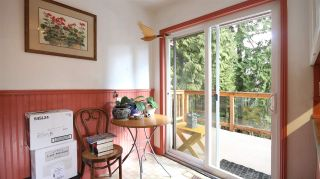 Photo 6: 2872 WEMBLEY DRIVE in North Vancouver: Westlynn Terrace House for sale : MLS®# R2035461