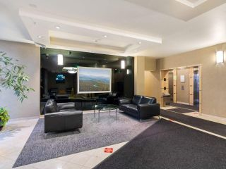 """Photo 2: 2102 1331 ALBERNI Street in Vancouver: West End VW Condo for sale in """"The Lions"""" (Vancouver West)  : MLS®# R2517604"""
