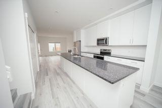 Photo 5: 10715 66 Avenue in Edmonton: Zone 15 House Half Duplex for sale : MLS®# E4255485