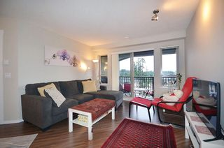 "Photo 2: 507 3156 DAYANEE SPRINGS Boulevard in Coquitlam: Westwood Plateau Condo for sale in ""TAMARAK"" : MLS®# R2126735"
