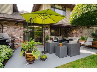 """Photo 33: 2 1640 148 Street in Surrey: Sunnyside Park Surrey Townhouse for sale in """"ENGLESEA COURT"""" (South Surrey White Rock)  : MLS®# R2486091"""
