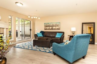 "Photo 5: 217 11605 227 Street in Maple Ridge: East Central Condo for sale in ""THE HILLCREST"" : MLS®# R2382666"