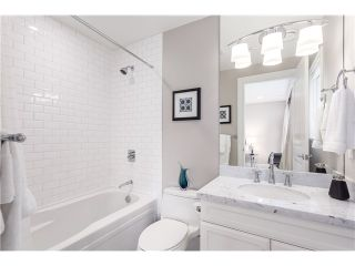 Photo 13: 3817 Bayridge Avenue in West Vancouver: Bayridge House for sale : MLS®# R2028085