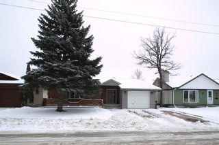 Photo 3: 126 Vista Avenue in Winnipeg: River Park South Residential for sale (2E)  : MLS®# 202100576