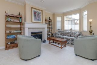 Photo 6: 23 1286 Tolmie Ave in : SE Cedar Hill Row/Townhouse for sale (Saanich East)  : MLS®# 882571