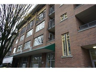 Photo 1: 203 663 GORE Ave in Vancouver East: Home for sale : MLS®# V980946