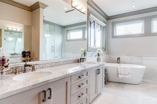Photo 18: 2555 W 33RD Avenue in Vancouver: MacKenzie Heights House for sale (Vancouver West)  : MLS®# R2489633