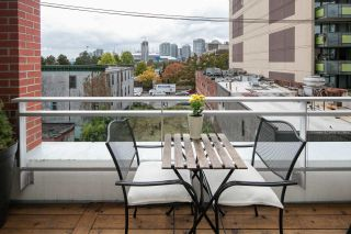 """Photo 13: 405 221 UNION Street in Vancouver: Mount Pleasant VE Condo for sale in """"V6A"""" (Vancouver East)  : MLS®# R2115784"""