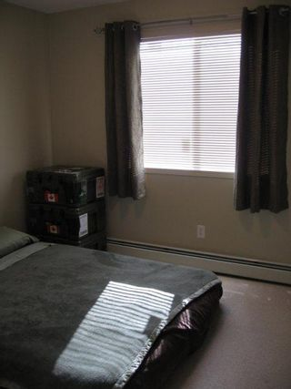 Photo 10: 309 CLAREVIEW STATION DRIVE: Condo for sale (Clareview Business Park)  : MLS®# E3217731