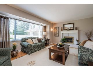 """Photo 4: 82 CLOVERMEADOW Crescent in Langley: Salmon River House for sale in """"Salmon River"""" : MLS®# R2485764"""