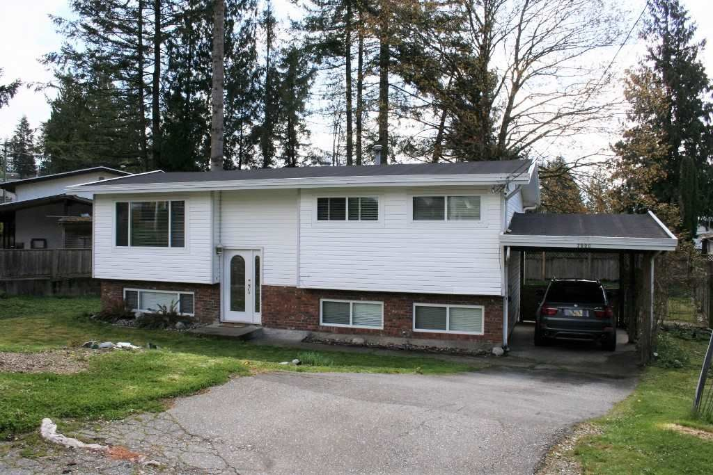 Main Photo: 7990 BURDOCK Street in Mission: Mission BC House for sale : MLS®# R2358579