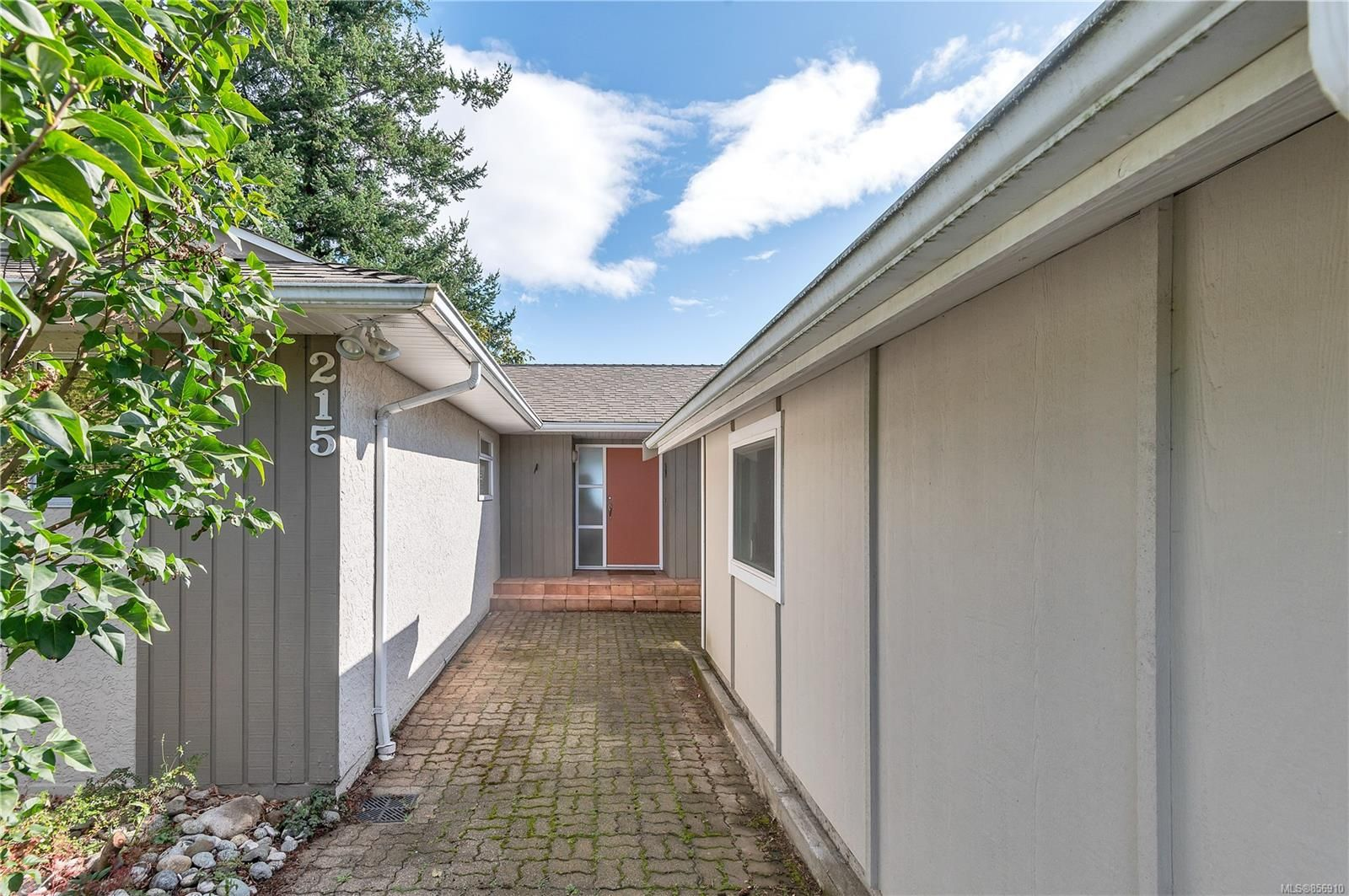 Photo 51: Photos: 215 S Alder St in : CR Campbell River Central House for sale (Campbell River)  : MLS®# 856910