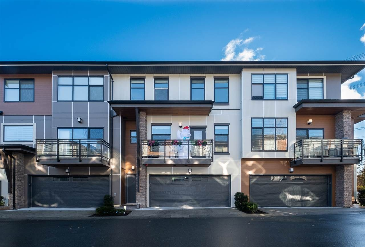 Main Photo: 14 2687 158 STREET in Surrey: Grandview Surrey Townhouse for sale (South Surrey White Rock)  : MLS®# R2522674