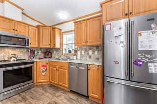 """Photo 11: 113 6338 VEDDER Road in Chilliwack: Sardis East Vedder Rd Manufactured Home for sale in """"MAPLE MEADOWS"""" (Sardis)  : MLS®# R2604784"""