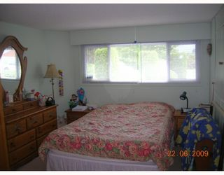 """Photo 6: 1269 DOGWOOD Crescent in North_Vancouver: Norgate House for sale in """"NORGATE"""" (North Vancouver)  : MLS®# V773935"""