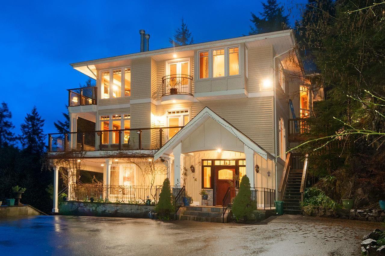 Main Photo: 935 WINDJAMMER Road: Bowen Island House for sale : MLS®# R2624775