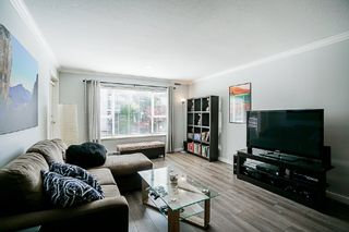 Photo 5: 106 1378 GEORGE Street: White Rock Condo for sale (South Surrey White Rock)  : MLS®# R2310592