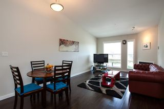 "Photo 7: 601 1212 MAIN Street in Squamish: Downtown SQ Condo for sale in ""Aqua"" : MLS®# R2096454"
