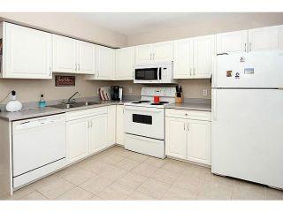Photo 3: 266 REGAL Park NE in CALGARY: Renfrew_Regal Terrace Townhouse for sale (Calgary)  : MLS®# C3626988