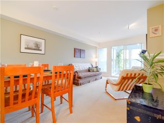 Photo 4: 203 3637 W 17TH Avenue in Vancouver: Dunbar Condo for sale (Vancouver West)