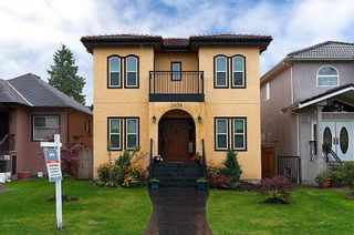 Photo 1: 2638 CHARLES Street in Vancouver: Renfrew VE House for sale (Vancouver East)  : MLS®# V912868