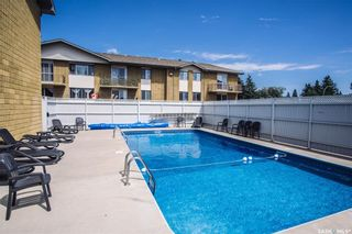 Photo 26: 15 111 ST LAWRENCE Crescent in Saskatoon: River Heights SA Residential for sale : MLS®# SK844818