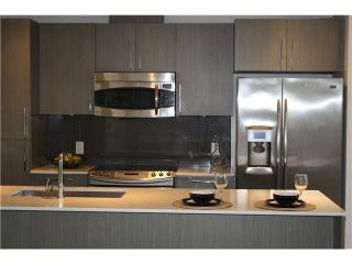 Photo 5: 208 3479 WESBROOK Mall in Vancouver: University VW Condo for sale (Vancouver West)  : MLS®# V1075800