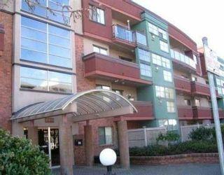"""Photo 1: 301 12025 207A ST in Maple Ridge: Northwest Maple Ridge Condo for sale in """"THE ATRIUM"""" : MLS®# V552715"""