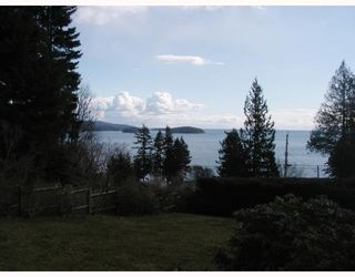 Photo 2: 113 HEAD RD in Gibsons: Condo for sale : MLS®# V755856