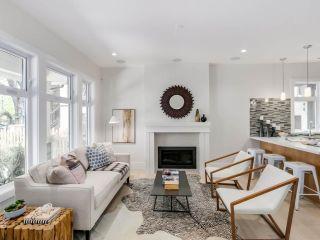 Photo 3: 546 E 10TH Avenue in Vancouver: Mount Pleasant VE 1/2 Duplex for sale (Vancouver East)  : MLS®# R2085116