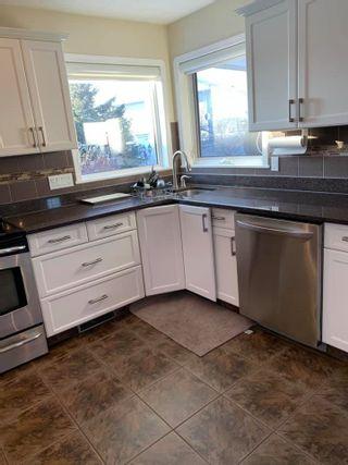 Photo 8: 8918 159A Avenue in Edmonton: Zone 28 Attached Home for sale : MLS®# E4228957