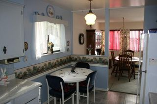 Photo 3: 14757 Thrift Avenue in White Rock: Home for sale : MLS®# F1215284
