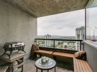 """Photo 10: 2201 9521 CARDSTON Court in Burnaby: Government Road Condo for sale in """"CONCORDE PLACE"""" (Burnaby North)  : MLS®# V1115805"""