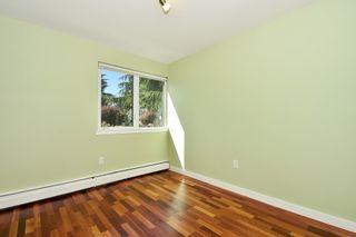 "Photo 15: 106 3451 SPRINGFIELD Drive in Richmond: Steveston North Condo for sale in ""ADMIRAL COURT"" : MLS®# R2383223"
