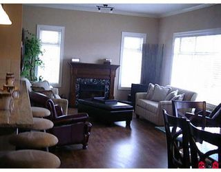 """Photo 1: 412 45753 STEVENSON Road in Sardis: Sardis East Vedder Rd Condo for sale in """"PARK PLACE II"""" : MLS®# H2704956"""