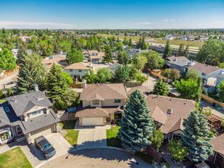 Photo 3: 416 McKerrell Place SE in Calgary: McKenzie Lake Detached for sale : MLS®# A1112888