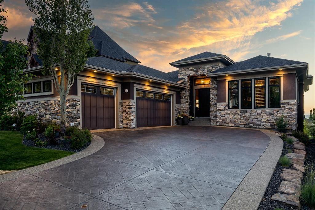 Award Winning Former Showhome built by Augusta Fine Homes