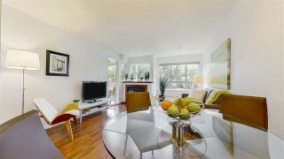 """Photo 8: 204 1623 E 2ND Avenue in Vancouver: Grandview Woodland Condo for sale in """"GRANDVIEW MANOR"""" (Vancouver East)  : MLS®# R2502510"""