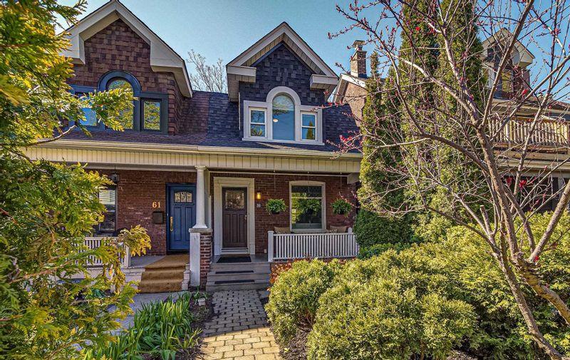 FEATURED LISTING: 59 Bloomfield Avenue Toronto