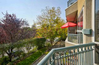 """Photo 22: 406 34101 OLD YALE Road in Abbotsford: Central Abbotsford Condo for sale in """"Yale Terrace"""" : MLS®# R2505072"""
