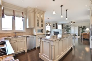 Photo 17: 2407 Taylorwood Drive in Oakville: Iroquois Ridge North House (2-Storey) for sale : MLS®# W3604780