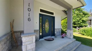 Photo 2: 1016 REGENCY Place in Squamish: Tantalus House for sale : MLS®# R2476105